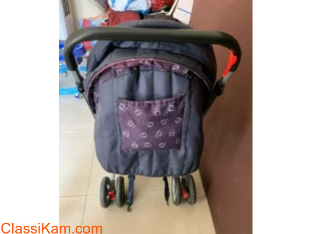 Babyhug Pram (Stroller) for sale in Gaur City - 2
