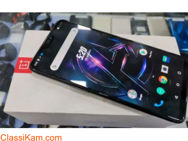 Limited Avengers Edition oneplus 6 8GB 256GB at 25900 only - 2