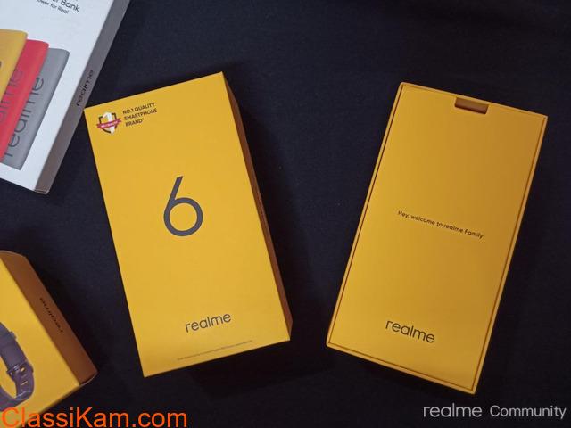 Realme 6 Pro 128GB 8GB RAM  cost Rs.15,000 - 1